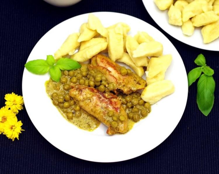 kurczak-z-pesto-i-groszkiem