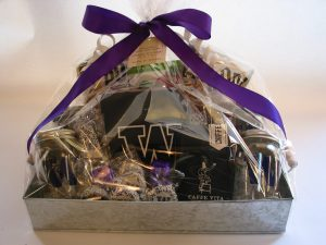 bumblebdesign-catalyst-uw-new-years-gift-baskets-14-3