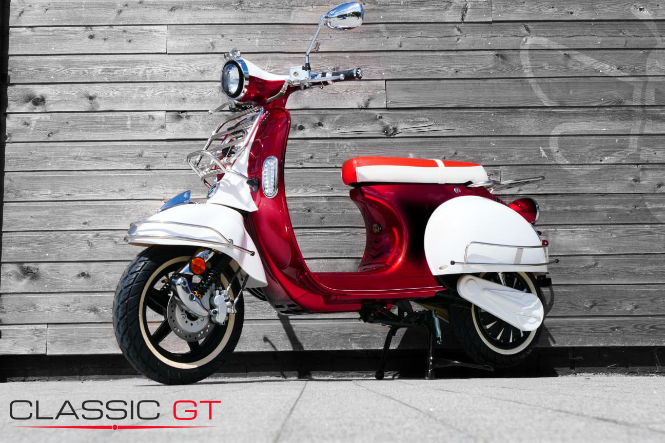 Classic-GT-Red-White-Side