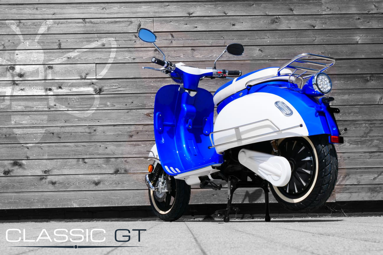 Classic-Gt-Blue-White-Back