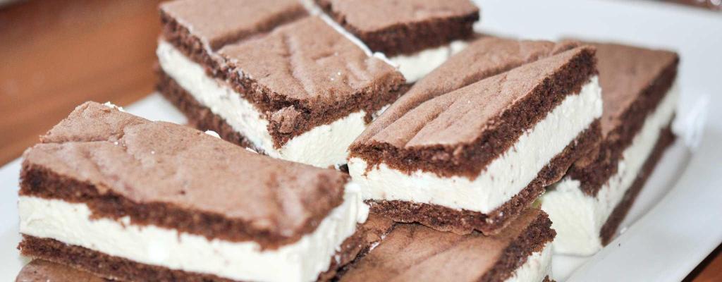 Ketogene Milchschnitte mehlfrei und zuckerfrei