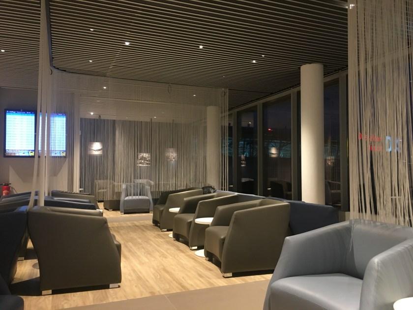 Hugo-Junkers-Lounge dus Düsseldorf