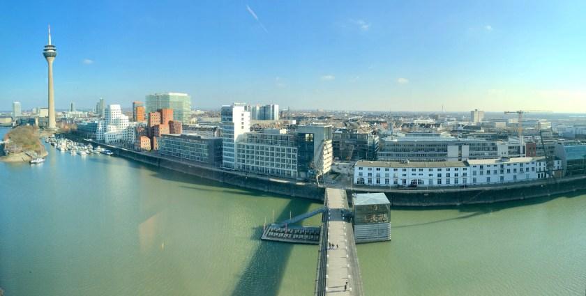 Bewertung: Hyatt Regency Düsseldorf medienhafen suite club