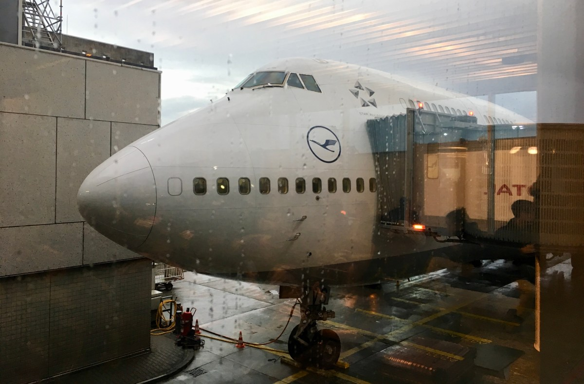 Lufthansa Business Class Boeing 747 Lower Deck: Bewertung