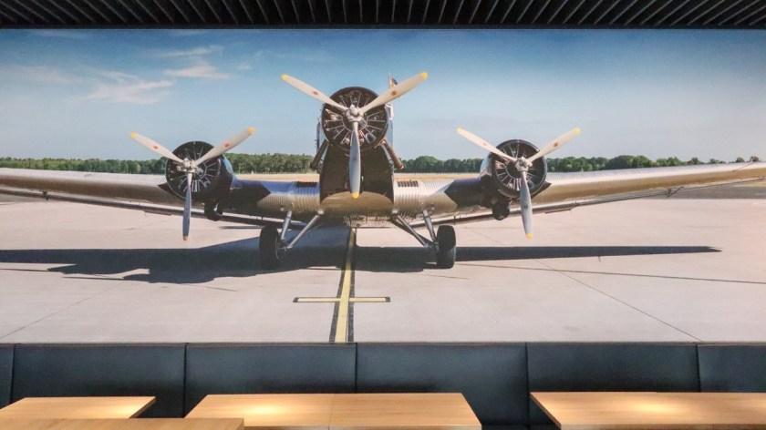 hugo junkers lounge dus düsseldorf airport flughafen nrw 2019