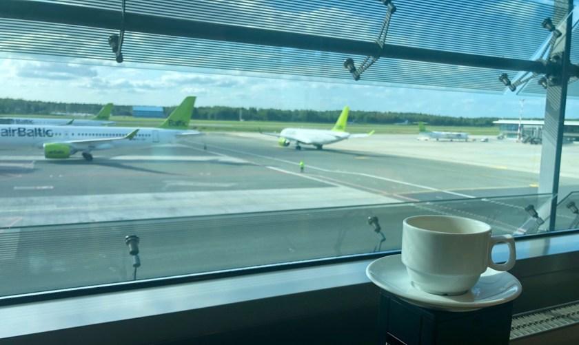 Riga Primeclass Business Lounge RIX priority pass airbaltic lufthansa aussicht view