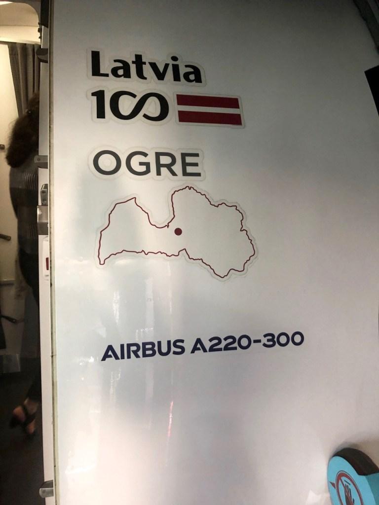 air baltic airbus 220 a220 300 YL-CSG ogre Bombardier BD 500 CSeries CS300 rix mux riga munich münchen