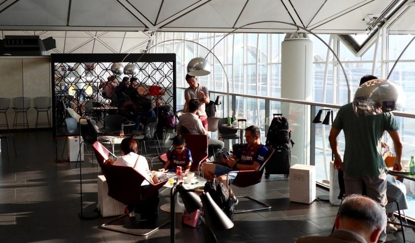 Review American Express Centurion Lounge hong kong hkg amex lounge platinum erfahrung
