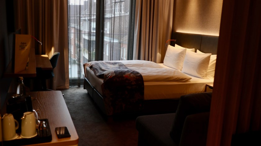holiday inn osnabrück ihg rewards club hotel bett