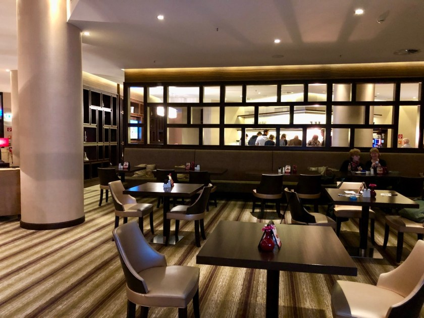 Hilton Berlin Gendarmenmarkt executive lounge club lounge deutscher dom hilton Honors