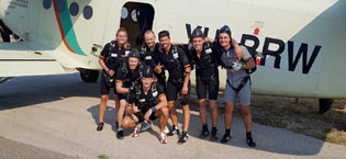 Fünfmal Edelmetall bei der EM im Fallschirmspringen