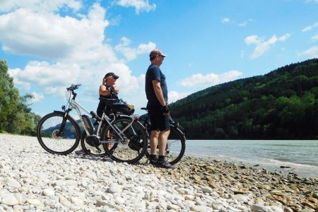 Nah am Wasser gebaut – Radtour Donau