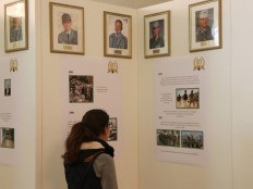 Im alten königlichen Kurhaus konnten interessierte sich über die 60-jährige Geschichte des Gebirgsjägerbataillons 231 informieren.