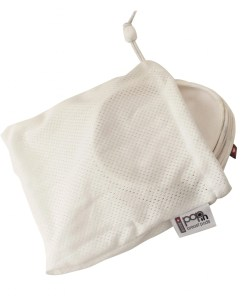 Close Pop-in Breast Pads in Laundry Bag