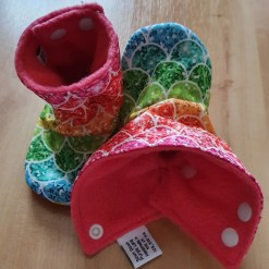 Inside of Rainbow stay-put boots with scales design