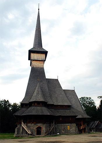 2003 A Fost Sfințită Biserica Mânăstirii Săpânța-peri