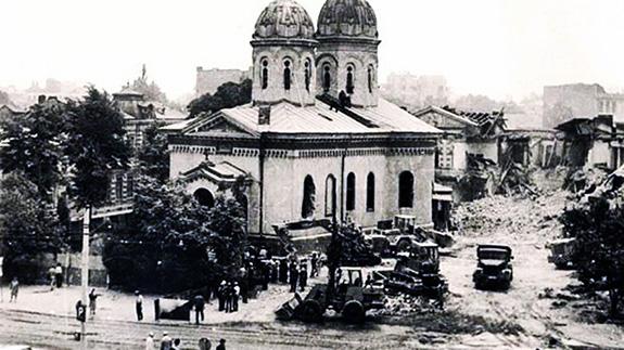1987 Demolarea Bisericii Sfânta Vineri-Hereasca