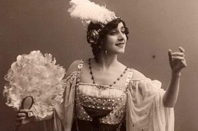 27 - Vera-Karalli-1889-1972