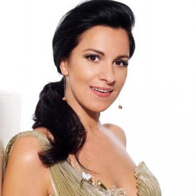 Angela Gheorghiu (4)