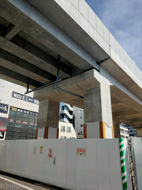 井の頭線下北沢駅高架下