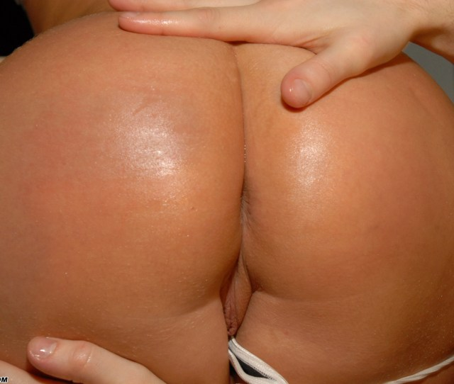 Nice Oiled Ass Porn Videos