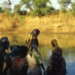 Sudan. Immagini di donne alla fonte