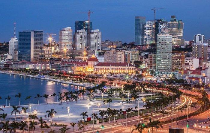 Luanda di notte