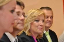 Radicova con il Governo (foto vlada.sk)