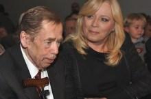 Vaclav Havel con la Radicova (foto_vlada-sk)