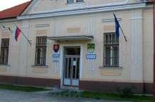 comuni-slova_(Taz@wikimedia commons)