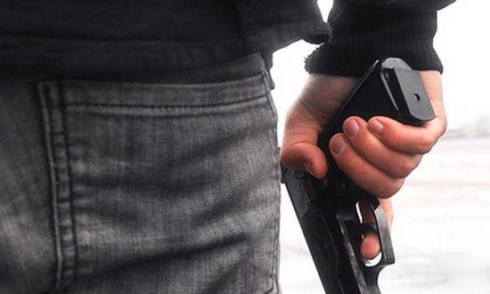 criminal_(-kerttu-523052-CC0) pistola armi nera violenza