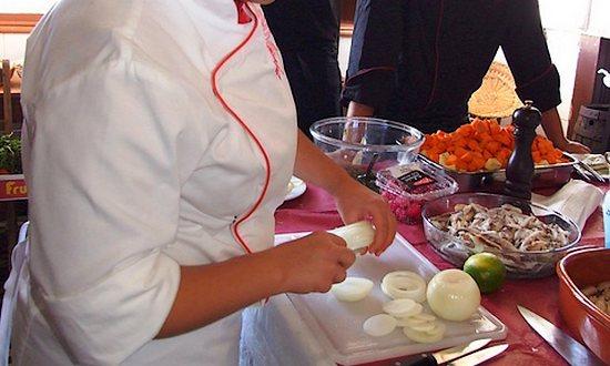 cucina_cibo_gastronomia_(foto_Raul-bruteado_6216922543@flickr_CC)