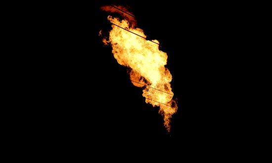gas_(misternaxal_566562145@flickr_CC)