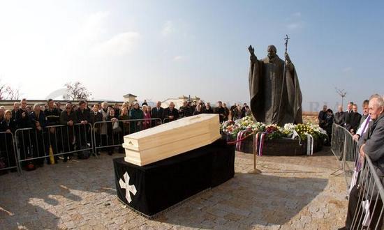 korec_funerale_Nitra_(tkkbs)