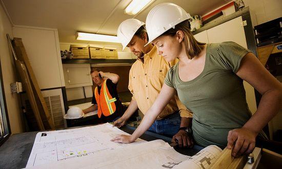 lavoro-costruzioni_(myfuturedotcom_6052490511@flickr_CC)