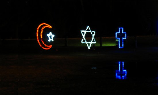 religion_islam-crist-ebr_(absolutsara-8319229058)