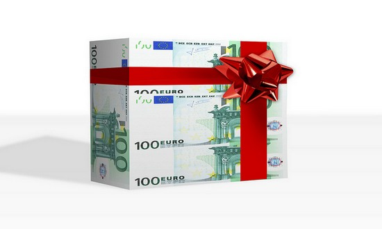 soldi-euro_(Tax-Credits_6881492730@flickr_CC)