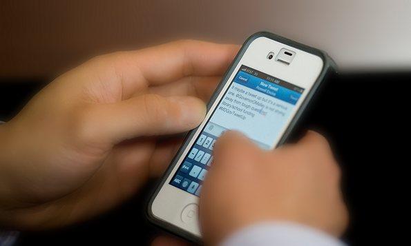 telef-smart-tweet_(mdgov_CC-BY) intern social