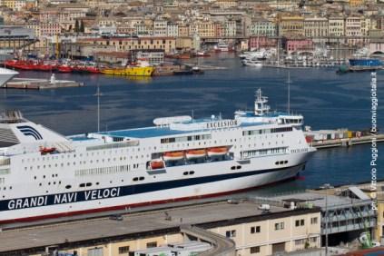 Panorama di Genova dalla Lanterna