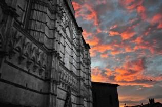 Siena Battistero al tramonto