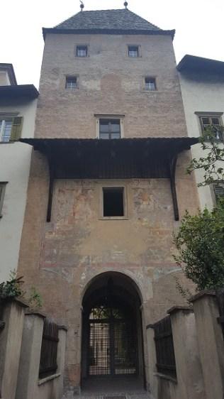 Bolzano abbazia muri gries