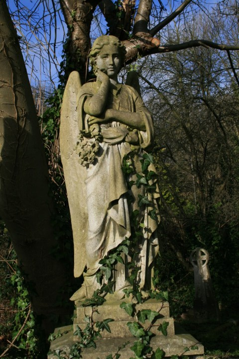 Highgate Cemetery London Grab Grave Karl Marx Douglas Adams