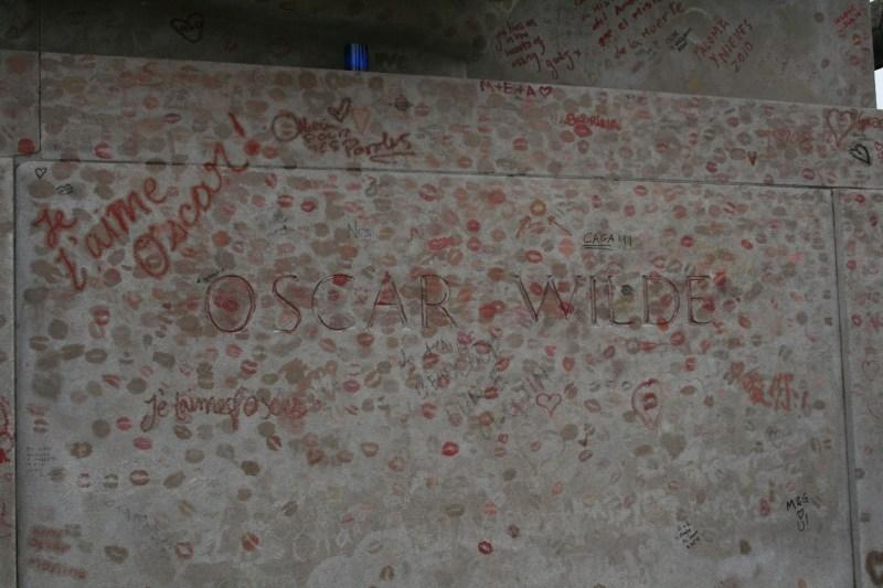 Cimetiere Pere Lachaise Friedhof Paris Chopin Balzac Rossini Oscar Wilde