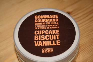 Gommage Gourmand – Cupcake Biscuit Vanille
