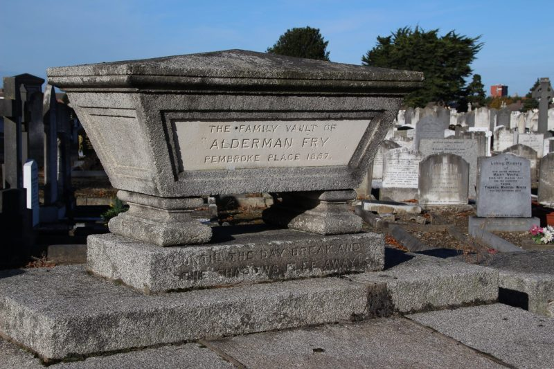 Mount-Jerome-Cemetery-dublin-9