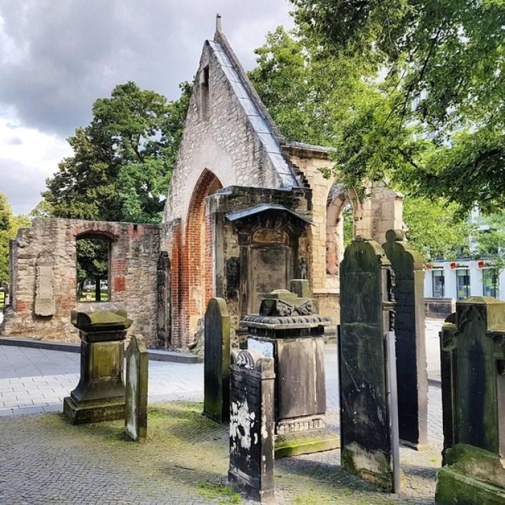 Ruine, Mahnmal, Nicolaikapelle und Nicolaikirche, Hannover