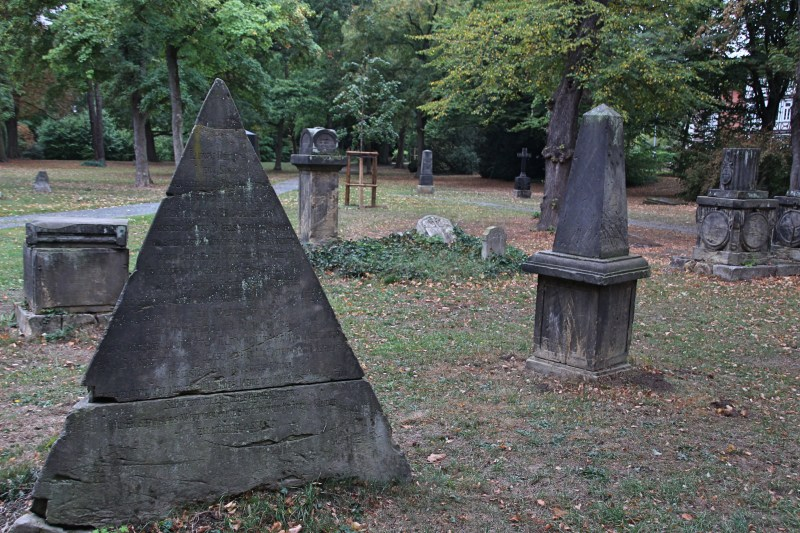 Sehenwerter Friedhof in Niedersachsen, alter Friedhof