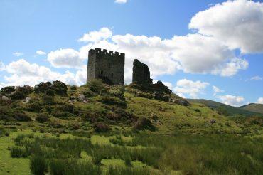 Dolwyddelan Castle in Wales – bekannt aus den Büchern von Glenna McReynolds