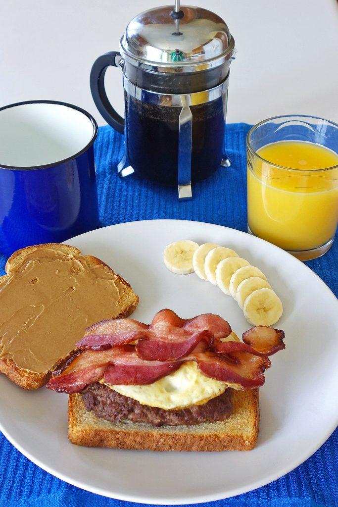 breakfast burger   burgerartist.com