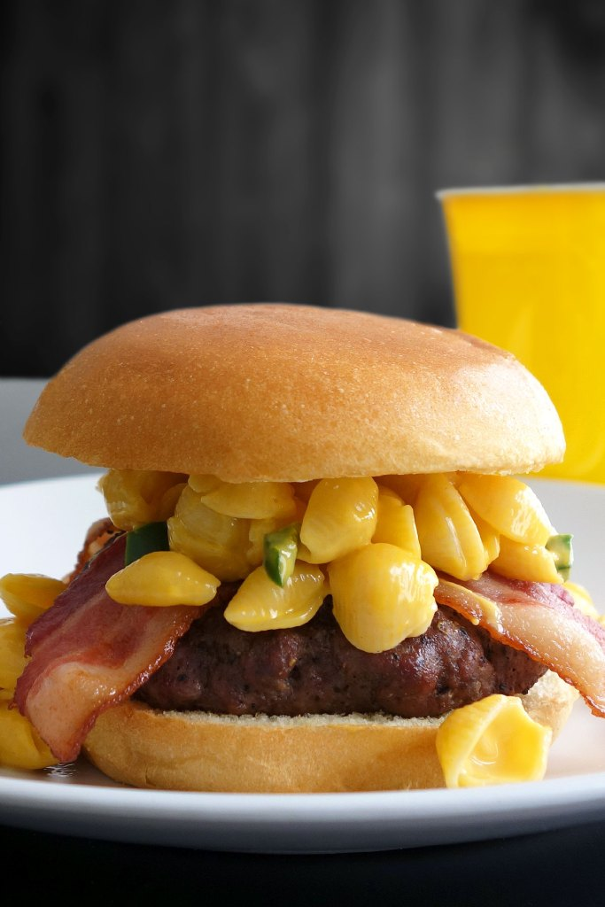 Delicious Mac And Cheese Burger Recipe Super Easy